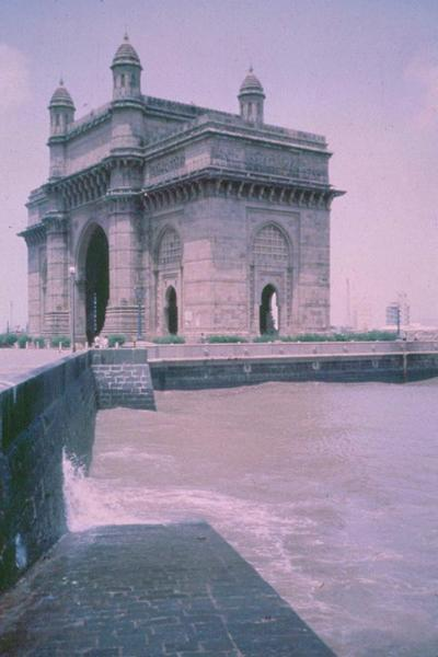 Peninsular India: Mumbai / Bombay: The VT and Taj Mahal Hotel picture 16