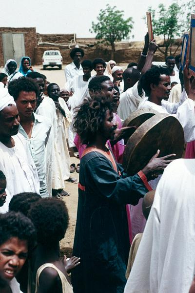 Sudan: Friday in Managil picture 4