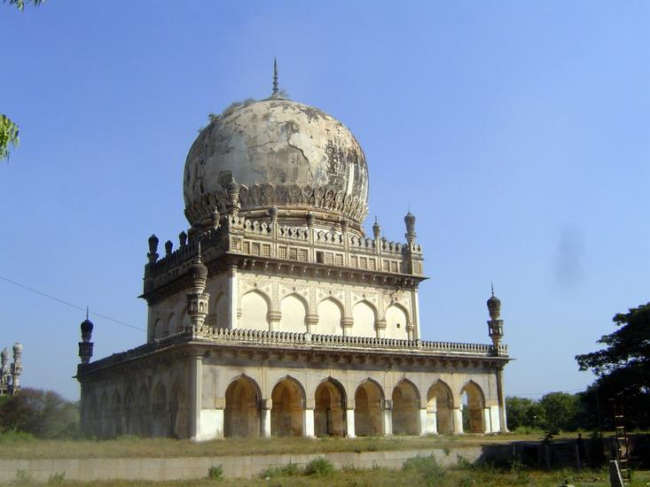 Peninsular India: Hyderabad: Qutb Shahi Tombs picture 9
