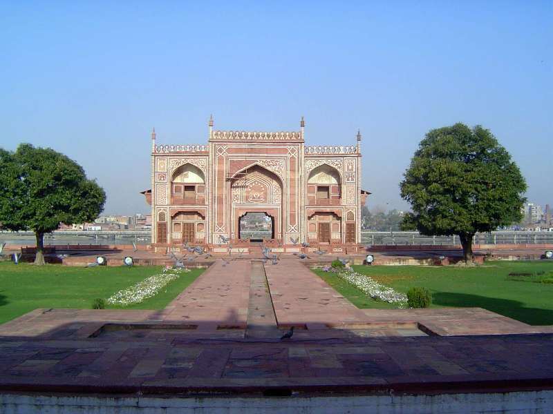 Northern India: Tomb of Itimad-ud-Daulah picture 11
