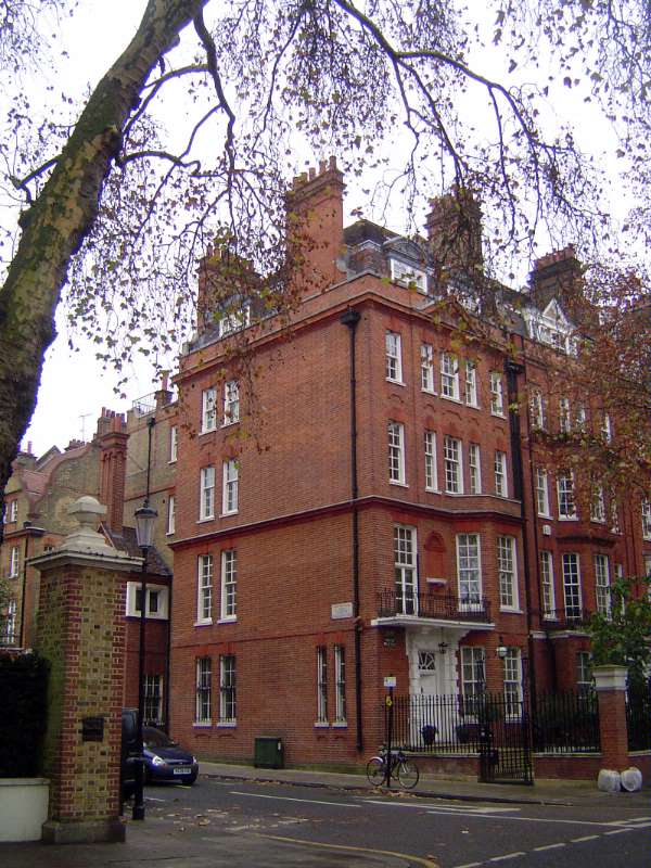 United Kingdom: London 8: Residential picture 11