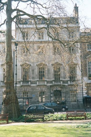 United Kingdom: London 8: Residential picture 10