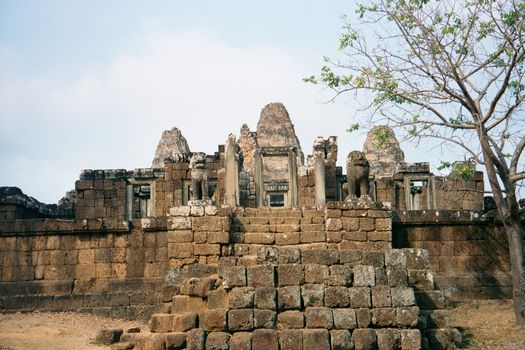 Cambodia (Angkor): East Mebon and Banteay Samre picture 2
