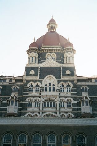 Peninsular India: Mumbai / Bombay: The VT and Taj Mahal Hotel picture 19