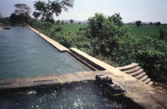 India Themes: Irrigation 1: Ancient Methods picture 16