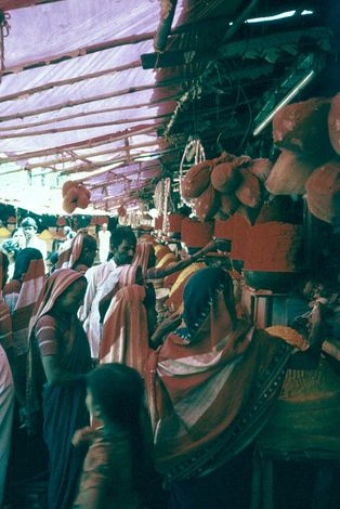 India Themes: Merchants and Markets picture 3