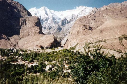 Pakistan: Karimabad picture 2