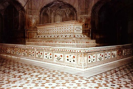 Pakistan: Jahangir's Tomb picture 15