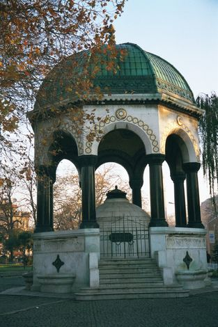 Turkey (Istanbul): Secular Monuments picture 9