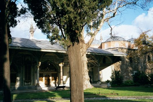 Turkey (Istanbul): Topkapi and Dolmabahce picture 4