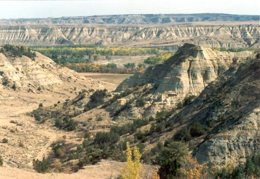 U.S.: West: Little Missouri Badlands picture 7