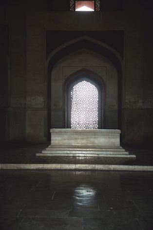 Northern India: Delhi: Humayun's Tomb picture 5