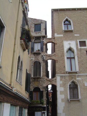 Italy: Venice: Daily Life picture 32