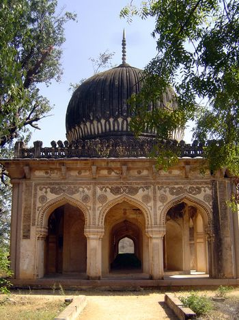 Peninsular India: Hyderabad: Qutb Shahi Tombs picture 15