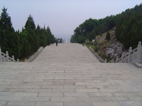 China: Han and Tang Imperial Tombs picture 9