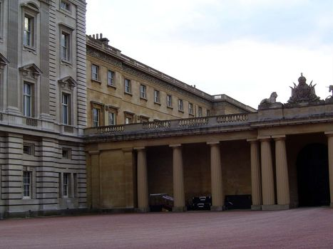 The United Kingdom: London 6: Public Buildings  picture 7