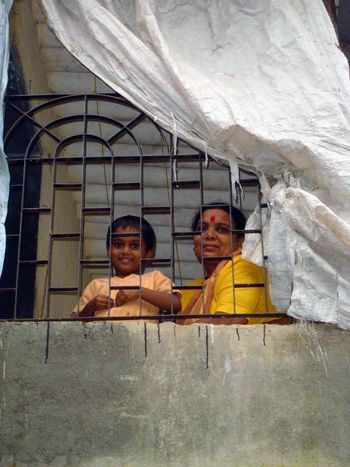 Peninsular India: An Andheri Slum picture 13