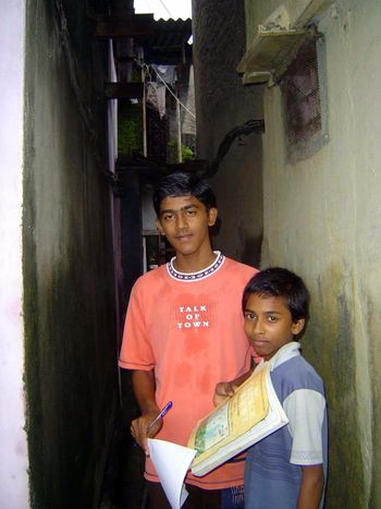 Peninsular India: An Andheri Slum picture 19