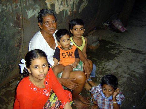 Peninsular India: An Andheri Slum picture 23