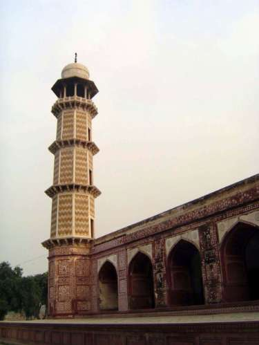 Pakistan: Jahangir's Tomb picture 14