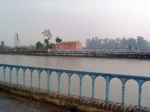India Themes: Irrigation 4: the Ganges Canal and Haridwar picture 17