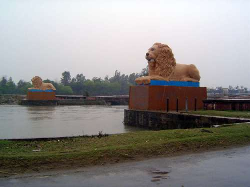 India Themes: Irrigation 4: the Ganges Canal and Haridwar picture 21