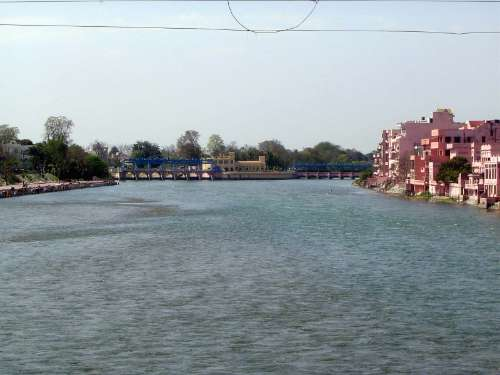 India Themes: Irrigation 4: the Ganges Canal and Haridwar picture 27