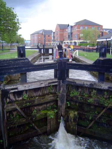 United Kingdom: Wigan picture 10