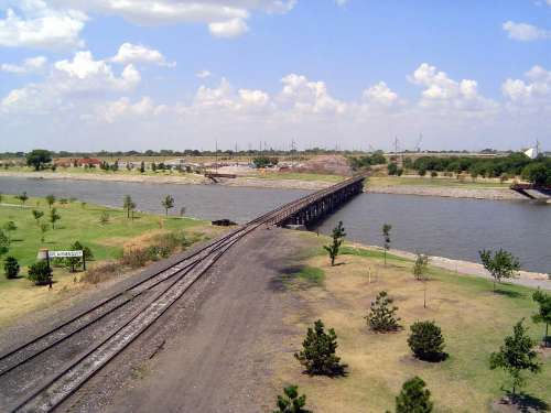 U.S.: Oklahoma: Oklahoma City: Water, Rail, Road picture 41