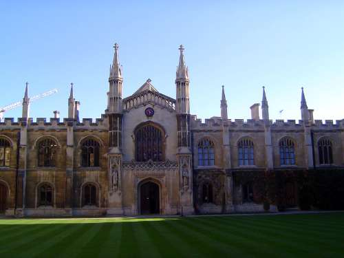 The United Kingdom: Cambridge: Antique and Modern picture 18