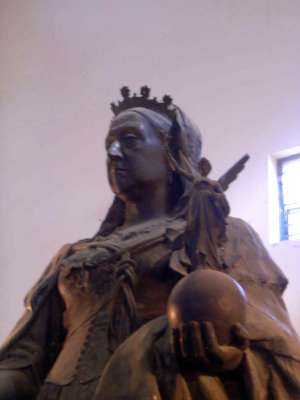 Northern India: The Lucknow Museum's Display of Imperial Statuary picture 6
