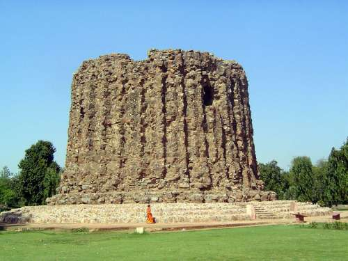 Northern India: Qutb Minar picture 6