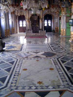 Northern India: Lucknow of the Nawabs picture 24