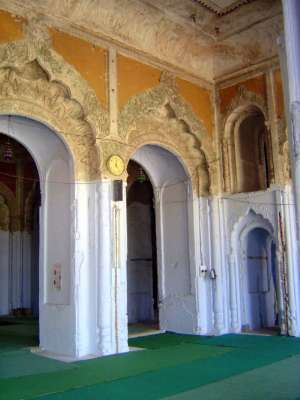 Northern India: Lucknow of the Nawabs picture 33