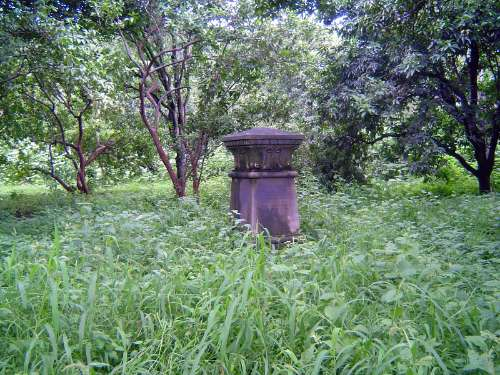 Northern India: Roorkee Cemetery and Hardwar Ghats picture 2