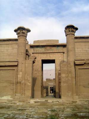 Egypt: Medinet Habu picture 11