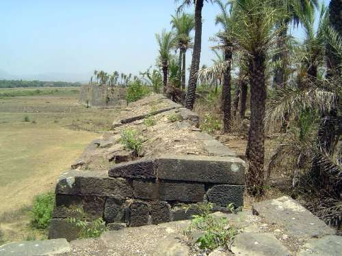 Peninsular India: Bassein Fort picture 3