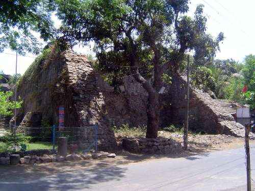 Peninsular India: Bassein Fort picture 4