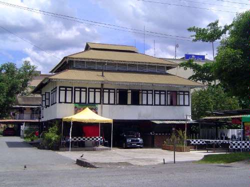 Malaysia: Colonial Kuching (Residential) picture 6