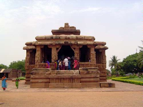 Peninsular India: Chalukya 2: Aihole picture 3