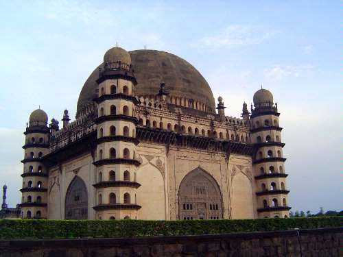 Peninsular India: Bijapur picture 22