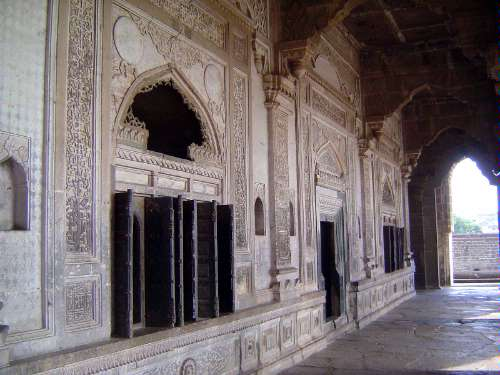 Peninsular India: Bijapur picture 17