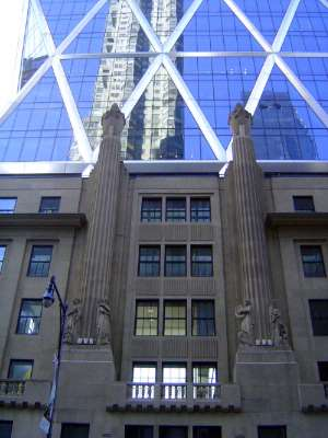 U.S.: East: Manhattan: Starchitecture