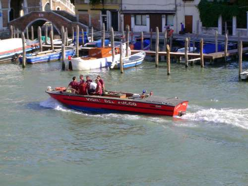 Italy: Venice: Daily Life picture 16