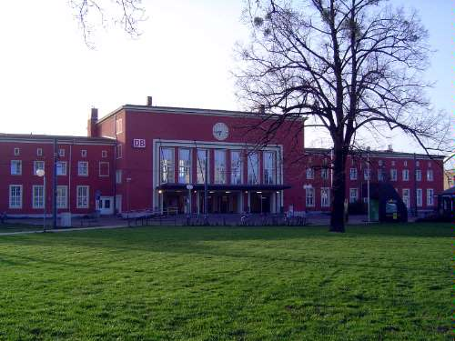 Germany: Dessau and the Bauhaus picture 1
