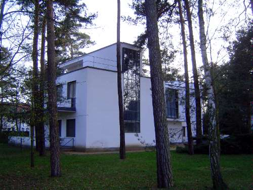 Germany: Dessau and the Bauhaus picture 15