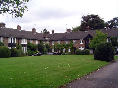 United Kingdom: London 10: Suburbs picture 38