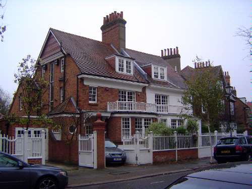 The United Kingdom: London 10: Suburbs picture 22