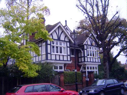 United Kingdom: London 10: Suburbs picture 23