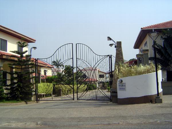 Ghana: Accra 4: Suburban Development picture 28